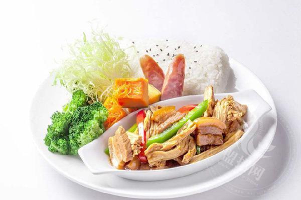 汤小鲜和范小满快餐加盟哪个好